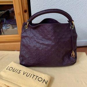 Louis Vuitton Bags - Pristine Louis Vuitton Empreinte Artsy MM bag